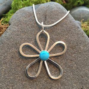 Saucy Jewelry Flower Power pendant